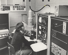 Scientist using a JXA50A electron probe microanalyzer at the University of Newcastle, Australia (UON Library,University of Newcastle, Australia) Tags: australia science staff nsw newcastleuniversity scientificresearch universityofnewcastle p796 p79625 microanalyzer jxa50a uonphotographeruon