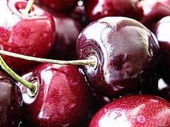 life is (...) a bowl of cherries (Magda'70) Tags: macro fruits june closeup fruit canon cherry cherries dof powershot 2008 macromode natrue czerwiec g9 anawesomeshot aplusphoto zymon bleachbypassfilter