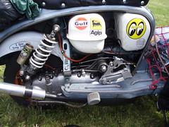 jarv's sx lambretta (mark & anne's photos) Tags: vespa rally lambretta scooters custom scooterrally bretta ronniebiggs