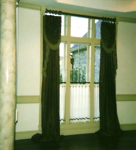 Side Panels With Attached Swags