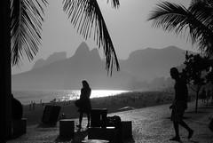 Garota de Ipanema - E em Ipanema de verdade - Rio de Janeiro    #CLAUDIOperambulando (  Claudio Lara - FOTGRAFO) Tags: brazil rio brasil riodejaneiro claudiolara copabacana sunsetinrio brasll brazll praiasdorio rio2016 clcrio clcbr cludiolara amanhecernorio claudiol clccam claudiorio carnivalbyclaudio carnavalbyclaudio rio450 rio450anos flickrbyclaudio lapabyclaudio beachinriobyclaudio rlodejaneiro rlodejanelro claudiobatman ciadedorio sunrisainrio braekingdawninrio parambulando