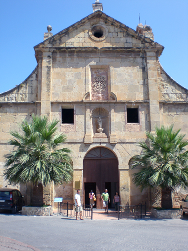 Enguera-palm-church