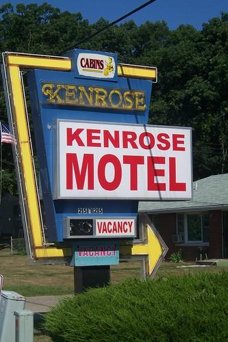 Kenrose Motel sign
