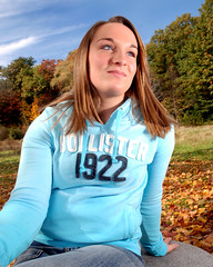 Hannah_0042 (Craig Sander) Tags: autumn girls portrait leaves hope colorful paradise superb nh concord majestic portret niebieski goldenautumn  delightful splendid whitepark hollister reddish jesie  wiato przyroda   seniorportrait  dziewczyna niebo flickraddicts   kobieta  laska       modo zoty adna urocza   ciekawa   wosy randka        atrakcyjna dziewica   zmysowy      zbalansowany    kolorystyczne