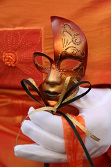 Couleur (blogspfastatt) Tags: carnival venice orange color colour strange beauty costume nice colorful colours fiesta mask parade carnaval colourful carnevale venezia couleur insolite masque farben venitien veneto jewelryornaments kolor venicia costium conceptualimage pfastatt mywinners jotblog theunforgettablepictures colourartaward llovemypics sylviasedlerxech blogspfastatt