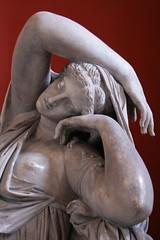 Fredda bellezza (yumizzz) Tags: woman cold roma beauty donna reception marble cleo statua freddo cleopatra bellezza ptolemaic marmo museicapitolini