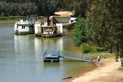 Echuca, Victoria, Australia, Murray River IMG_1740_Echuca (Darren Stones Visual Communications) Tags: travel tourism darren river stones australia victoria vic murray echuca dgstones