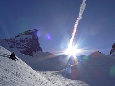 soleil et skieurs.jpg