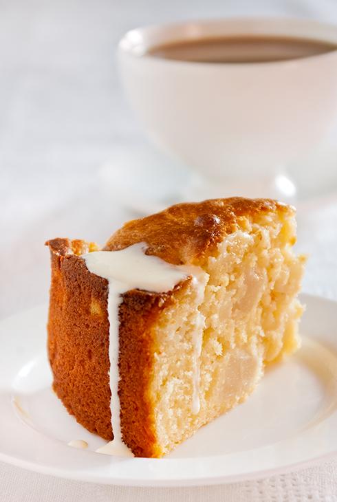 pear yoghurt cake
