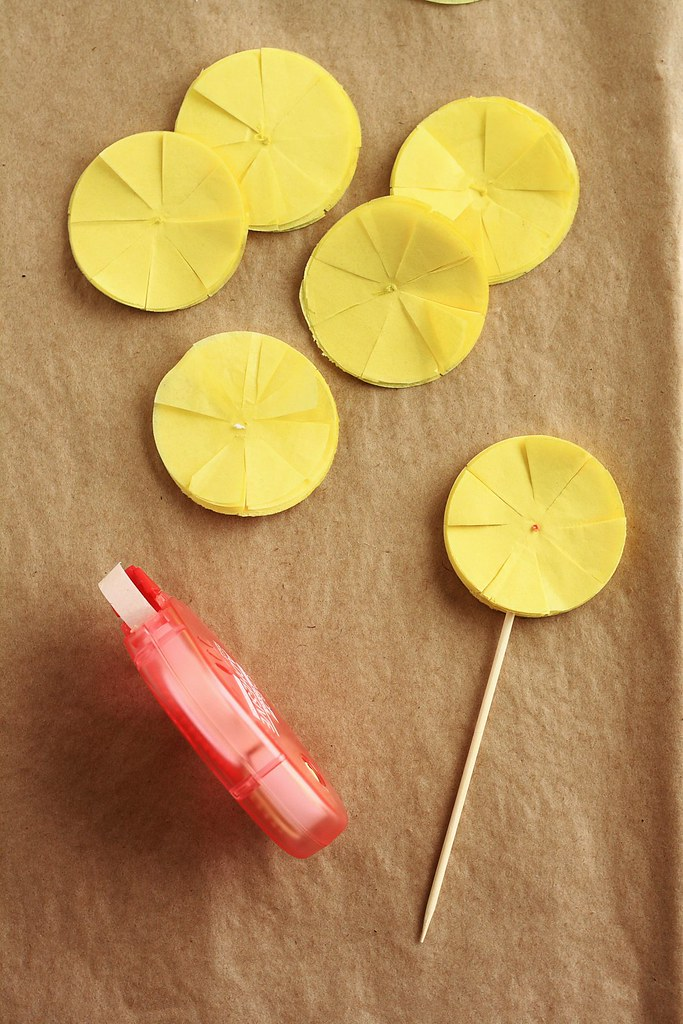 Tissue Paper Pom-Pom Cupcake Topper Tutorial - Step 5