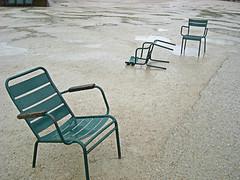 Trois chaises au Tuilleries by Julie70