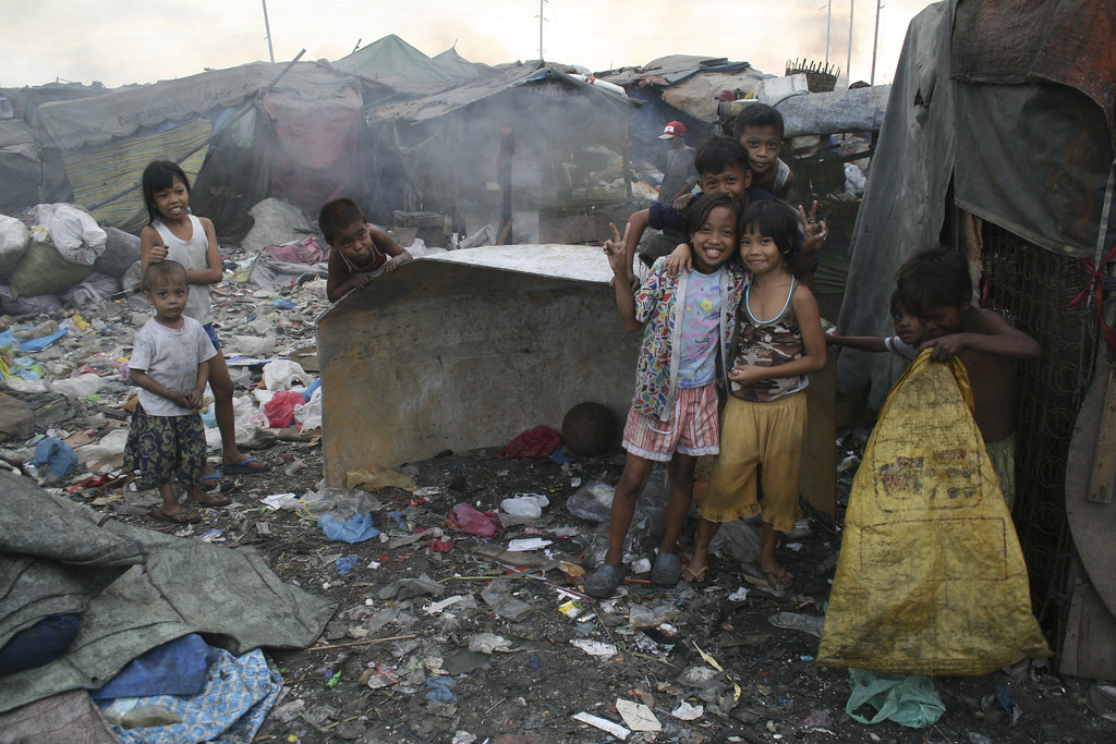 poverty research paper philippines