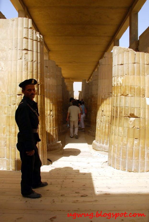 Hypostyle hall stone columns