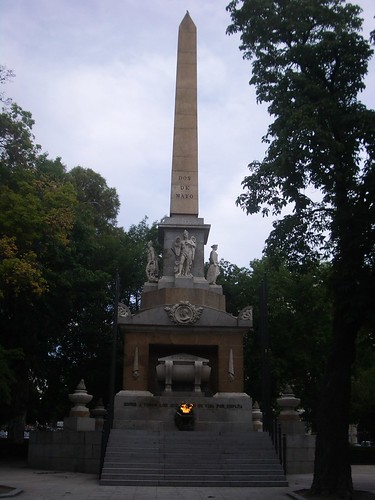 Monumento a los caidos el 2 de Mayo (de 1808)