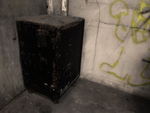 An old safe<br />