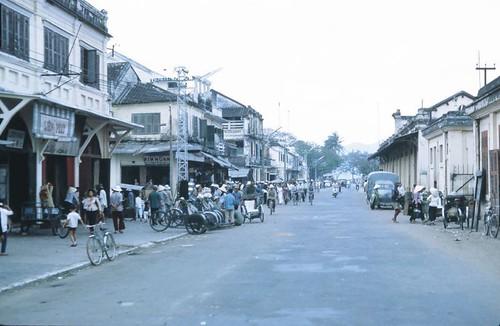 mot khu thuong mai truoc 1975 by bienthuy251.