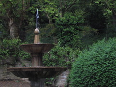 "Park Fountain in Santiago • <a style=""font-size:0.8em;"" href=""http://www.flickr.com/photos/48277923@N00/2625578021/"" target=""_blank"">View on Flickr</a>"