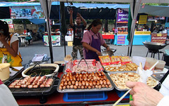 Thai Danger Dog & Sausage Vendor - Burapha Uni...