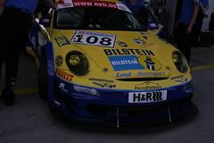 Porsche 997 GT3 RSR (www.nordschleife-video.de) Tags: auto cars car race racecar germany deutschland box racing eifel vehicles porsche vehicle autos 2008 108 motorsport rheinlandpfalz gt3 997 nordschleife nürburgring boxengasse sportwagen rsr grünehölle rennwagen gt3rsr porsche997gt3rsr porschegt3rsr 997gt3rsr einstellfahrten vlneinstellfahrten boxenstrase