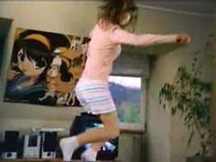 080916 - 『涼宮春日的憂鬱』大海報,在嬌生的「最新泰諾止頭痛藥」電視廣告上堂堂現身
