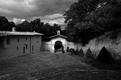 s.t. (Michele Cancellieri) Tags: bw italy canon eos italia umbria biancoenero monastero 30d frati preghiera eremo umbertide cittdicastello montecorona