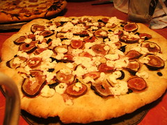 Serendipitous pizza inventions (the Rowan Empire) Tags: food pizza figs