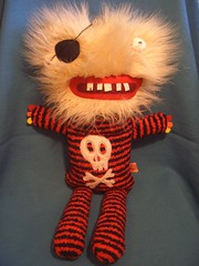 Jimi Lapigne (super ninon) Tags: hairy monster toy toys skull diy stuffed handmade stripes teeth craft plush softie softies pirate monsters blondie ninon peluche peluches handmadetoy lesmonstris lesmonstrs