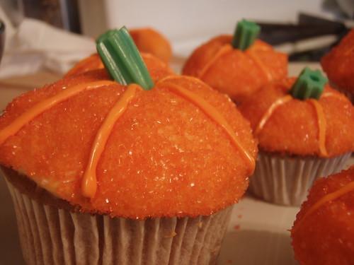 Pumpkin cupcakes by CDaisyM.