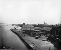 Harbour, Sault St. Marie, ON, 1884 (Muse McCord Museum) Tags: ontario canada harbour bordertown greatlakes saultstemarie 1884 on saultstmarie mccordmuseum musemccord thesault