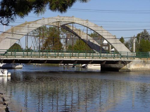 N Kingstown a little bridge