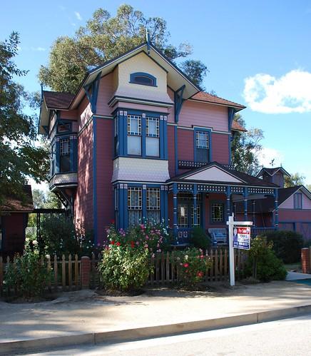 Granada Hills Victorian