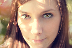 Didi (AndreaUPl) Tags: autumn portrait girl closeup eyes dof deep photoshot didi giuditta andreaupl