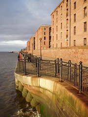 Albert Dock in Liverpool (notFlunky) Tags: uk england building water architecture liverpool buildings mersey albertdock hartley merseyside scouse rnbmersey nttw