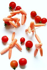 Medieval Carrots! (RR) Tags: food orange plant playing art kitchen vegetables fun cuisine fight war funny with laranja humor guerra battle vegetable medieval whitebackground toothpick carrot carrots combat tomatos cozinha vegetal briga anthropomorphic zanahoria carotte playingwithfood havu playfood babycarrots conflito anthropomorph cenoura antropomrfico parsleyfamily partofthe antropomorfico anthropomorphe combattre spreadhumorcoalition brincandocomacomidablog