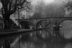 Old Bridge ((Erik)) Tags: bridge mist bike fog contrast canal utrecht mood atmosphere oudegracht oldbridge fromthepast
