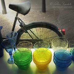 bike shopping () Tags: color andy netherlands glass bicycle shop andrea andrew negozio colori thehague olanda vetro bicicletta benedetti