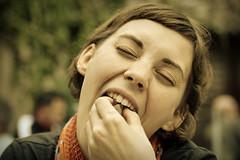 [フリー画像] [人物写真] [女性ポートレイト] [白人女性] [飲食]       [フリー素材]