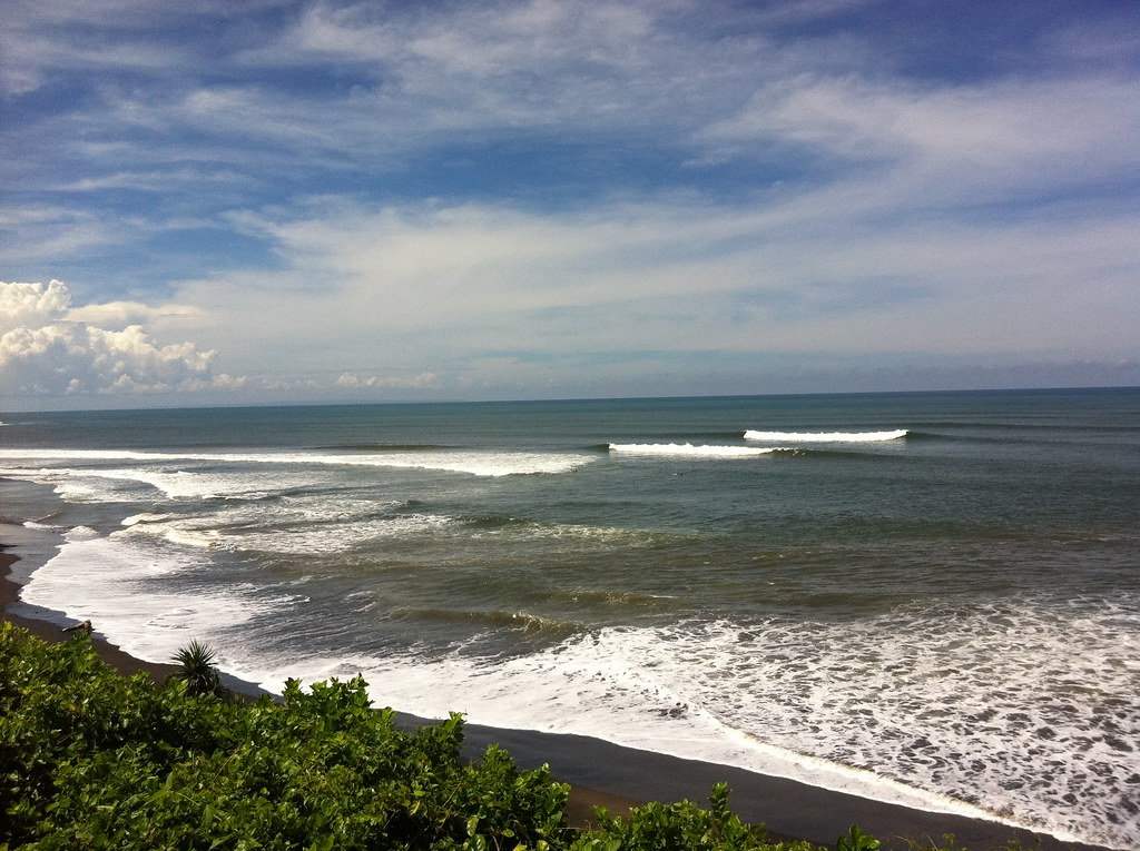 Surf turning it on at Balian beach, Bali
