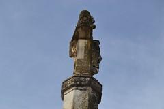 Creu de terme Blanca o Creu dels Peus Llevats, La Selva del Camp (esta_ahi) Tags: espaa joaquim spain cross cruz angelina creu tarragona baixcamp   creudeterme laselvadelcamp ipa30763 creudelspeusllevats creudetermeblanca