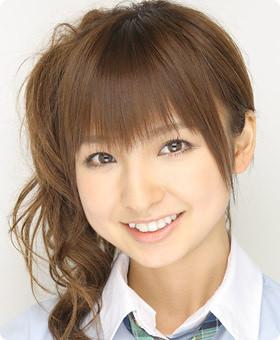 篠田麻里子の画像集