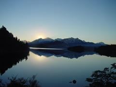 home (S_Mau) Tags: sunset naturaleza lake home nature argentina lago atardecer casa view paisaje vista moreno silencio bariloche hogar niceview rionegro tranquilidad lagomoreno