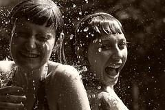 140% d'acqua (Matteo Maggini) Tags: people water acqua doccia