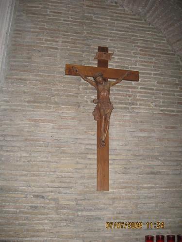 questa croce si trova nella cappella della mia parrocchia,  dans immagini sacre