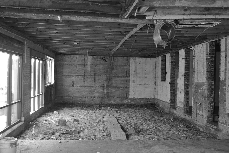 Abandoned Building, Carolina Beach