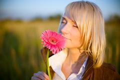 Romantic Sunset (Geshpanets) Tags: sunset sun flower girl beauty field 50mm lightroom 5014 canonef50mmf14usm