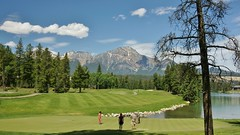 The 18th (rogersmithpix) Tags: golf canadianrockies golfcourses canadianlandscapes fairmontjasperparklodge sonydslra700 the18th scenictours