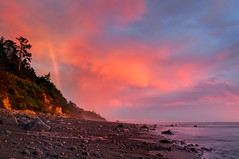 Transcendent Sunset Beach Rainbow (Fort Photo) Tags: pink sunset vacation beach nature landscape outdoors coast washington nationalpark rainbow nikon searchthebest pacific northwest nps olympicpeninsula pacificnorthwest wa olympicnationalpark pnw hdr d300 photomatix abigfave anawesomeshot colorphotoaward photomatixexposureblending trulyimpressivemoment 2008reunionnature