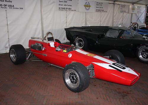 lola t400 f5000 lola cars 50 years celebration parade on the