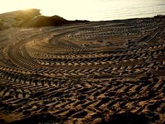 IMG_4192nrco (KaRiNe_Fr) Tags: mer france marseille traces sable provence plage dessins nettoyage epluchuresbeach