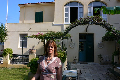 At Romas mansion in Zante town